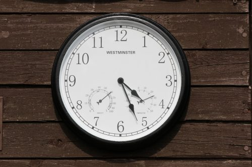 clock-488941_960_720