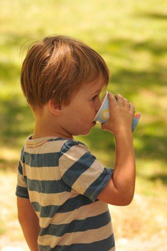 nauczyć dziecko pić