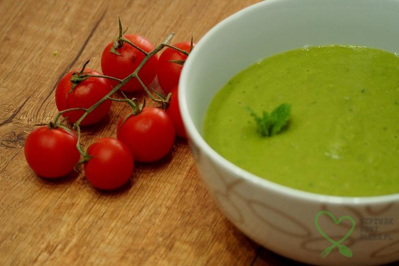 Zupa z zielonego groszku i awokado